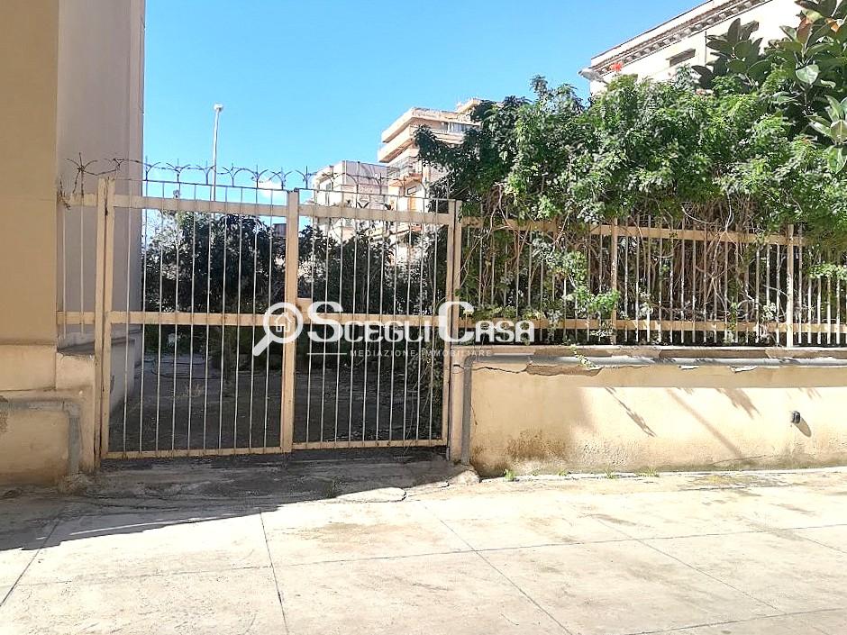 APPARTAMENTO in Vendita a Palermo (PALERMO)