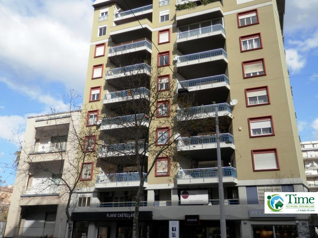 catania affitto quart: c.so italia - via leopardi time-network-immobiliare-agenzia-gravina