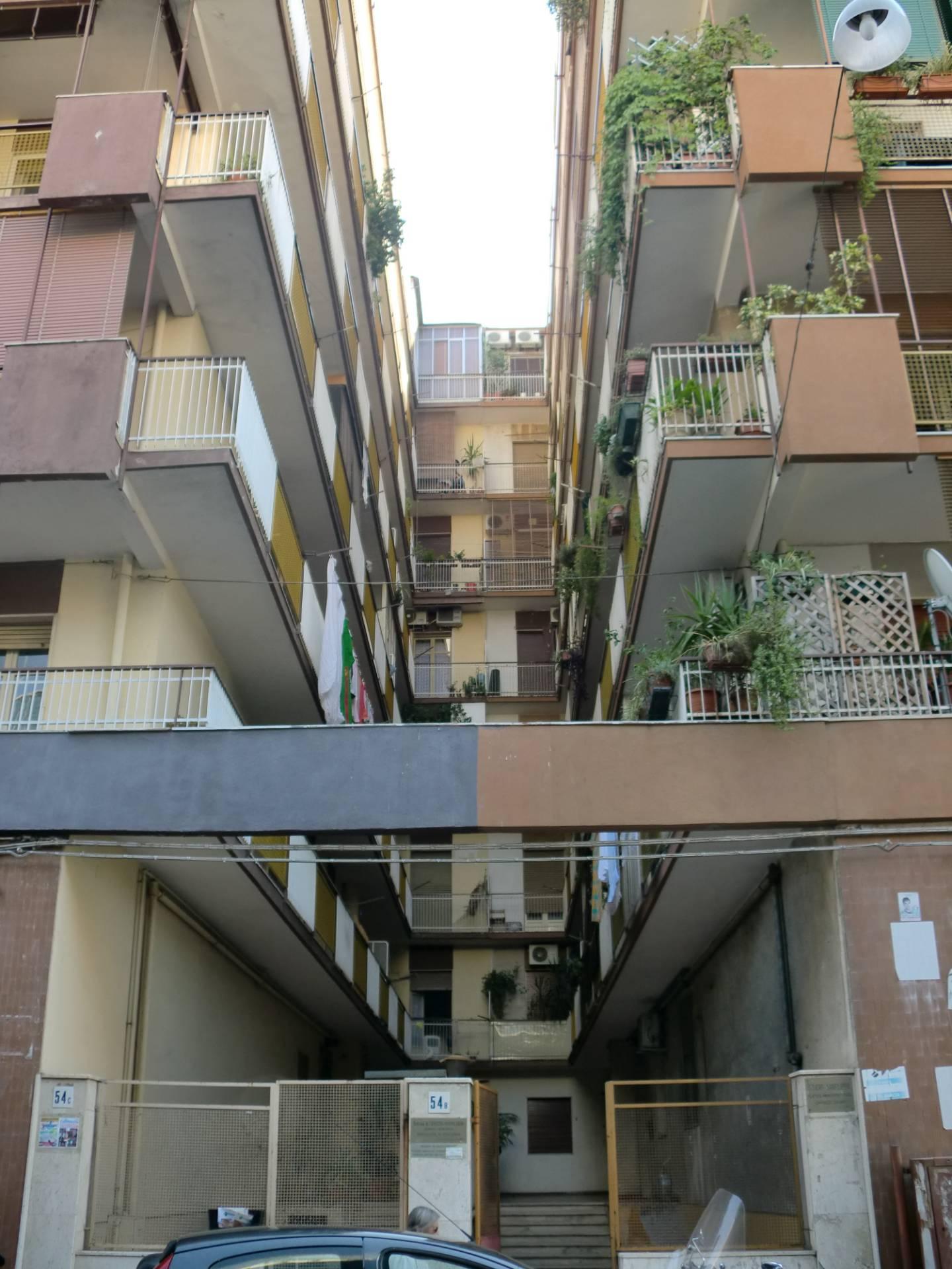 catania affitto quart:  studio-catania-centro-sas-di-corallo-gaetana-&-c