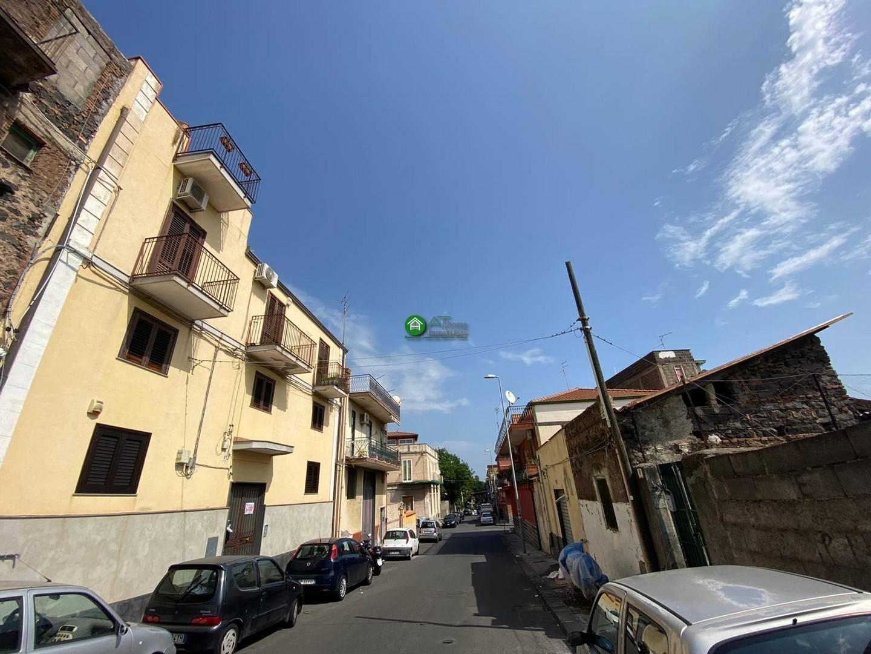 Appartamento in vendita a Catania, 2 locali, zona Località: ViaP.Nicola-Picanello, prezzo € 70.000 | PortaleAgenzieImmobiliari.it